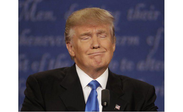 REVISION DE HECHOS AP: Trump y Clinton refutan sus palabras