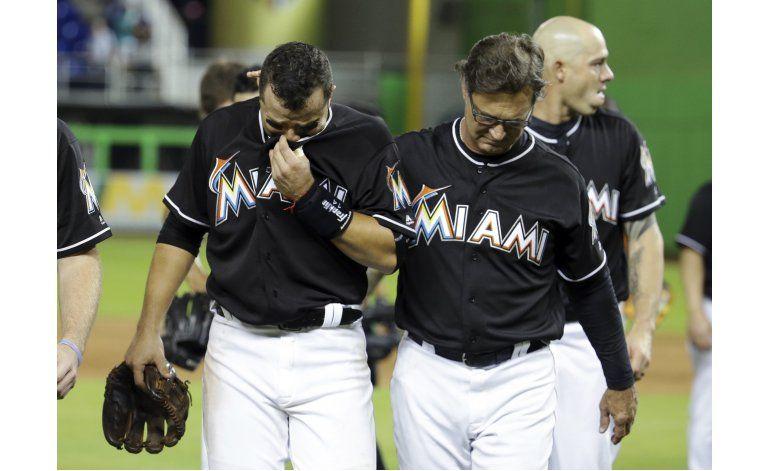 Gordon pega jonrón y Marlins rinden honores a Fernández