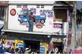 el expresidente aristide vuelve a escena politica en haiti