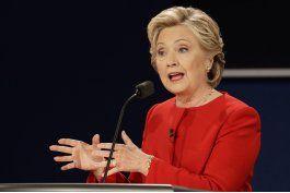 analisis: clinton fue preparada al debate, trump fue trump