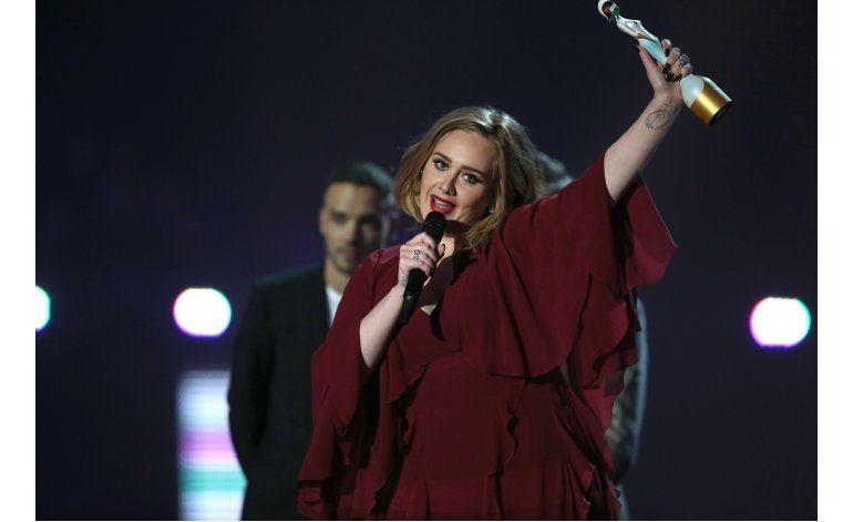 Adele sigue ganando: su álbum 25 se certifica diamante