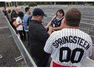 springsteen comienza la gira de su libro en new jersey