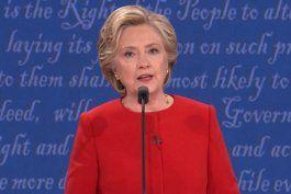 varias encuestas  califican a hillary clinton como ganadora en el primer debate presidencial