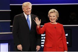¿quien gano el debate? clinton pone a trump a la defensiva