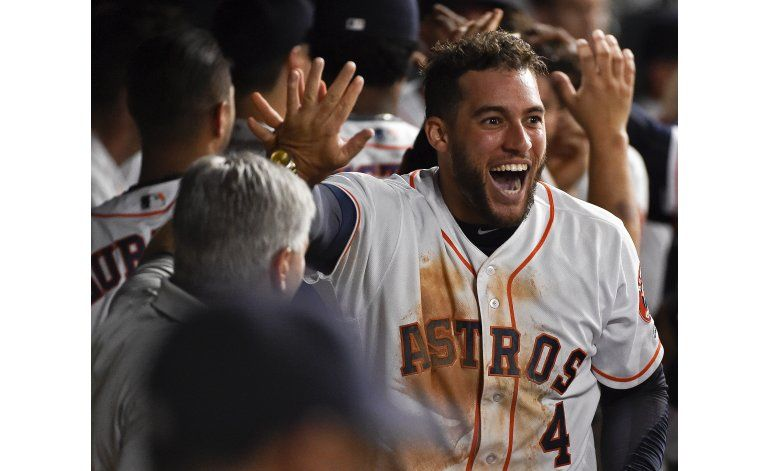 Con gran ataque en la 6ta, Astros derrotan a Marineros