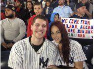 tras susto, fanatico propone matrimonio en yankee stadium