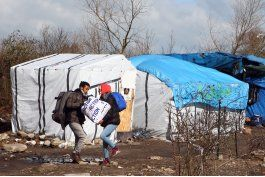 desasosiego en pueblo frances que recibira a migrantes