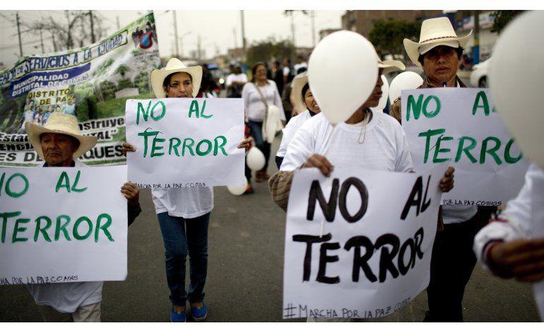 Perú: marchan contra edificación de nicho Sendero Luminoso