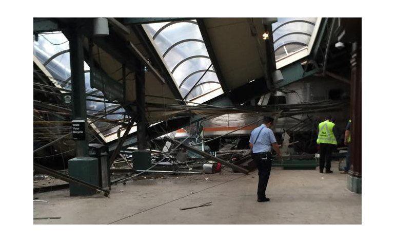 Buscan respuestas tras choque de tren en Nueva Jersey