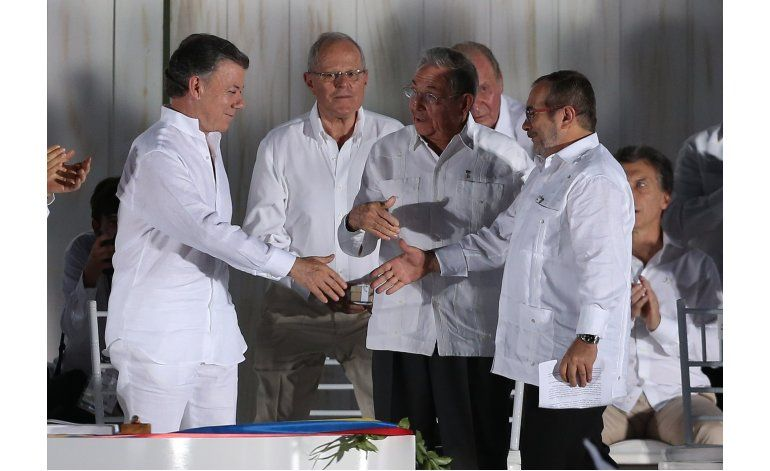 Santos y FARC, en lista de potenciales ganadores del Nobel