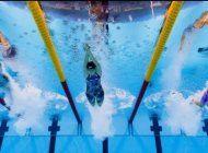 cual es el estilo de natacion con el que quemas mas calorias