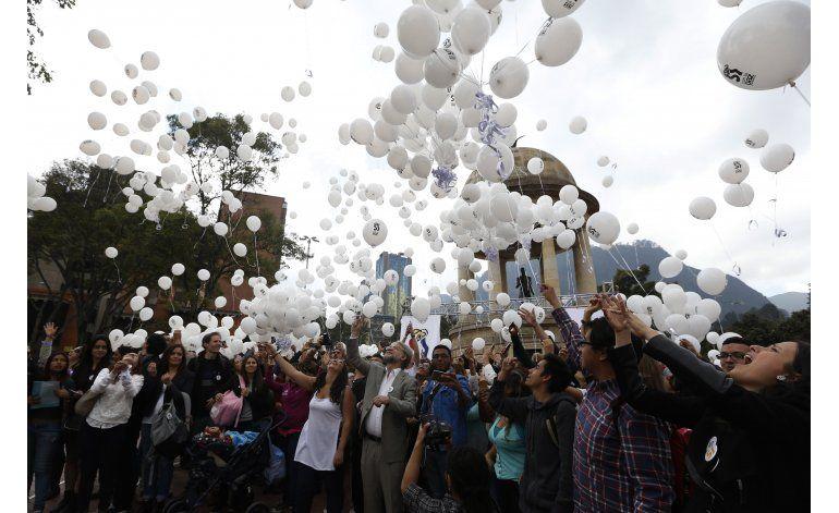 Colombia: sí y no compiten con abstención en plebiscito
