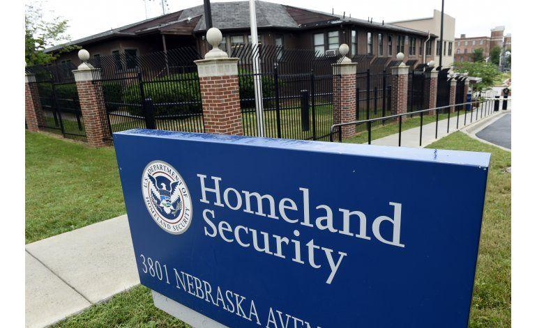 Funcionario: Hackers atacan sistemas electorales de EEUU