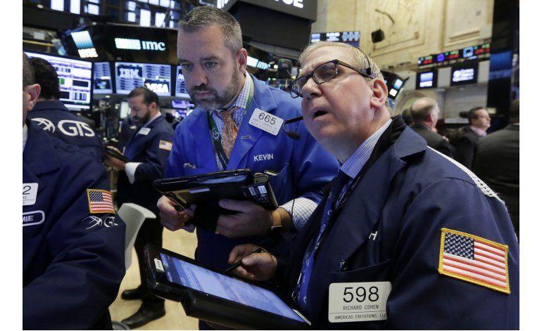 Wall Street cierra al alza tras estrepitosa caída del jueves