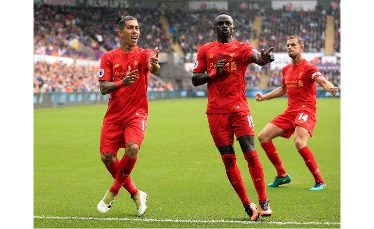 Golazo de Payet en empate de West Ham en liga Premier