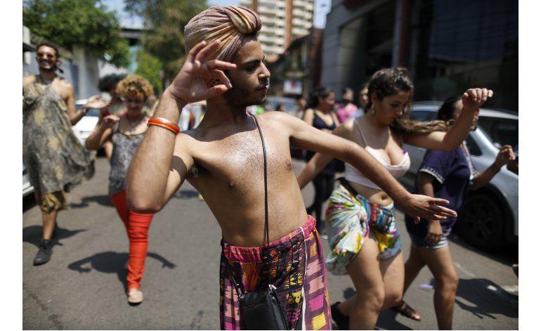 Paraguay: Exigen ley contra la discriminación de los gays