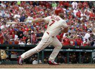 cardenales ganan y siguen con vida en lucha por playoffs