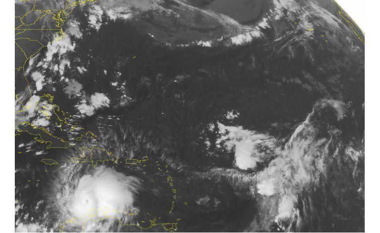 Huracán Matthew empapa Colombia y va hacia Jamaica y Haití