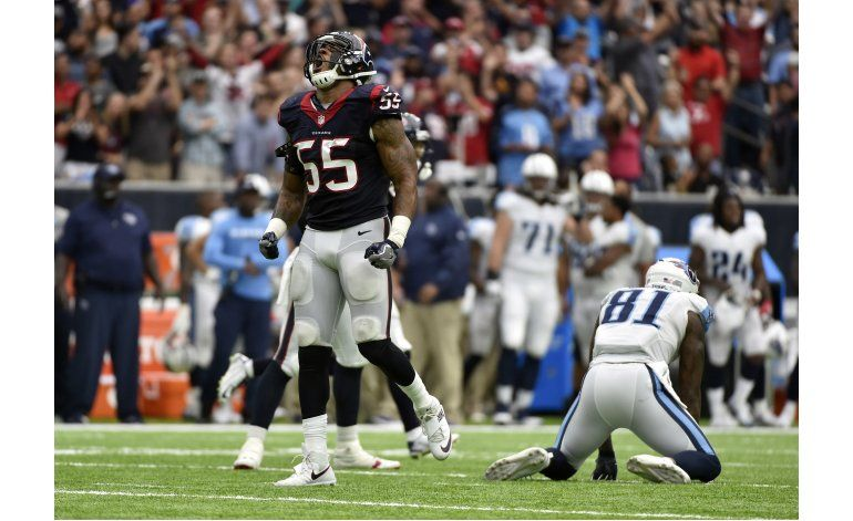 Anotación clave de Fuller guía a Texans sobre Titans