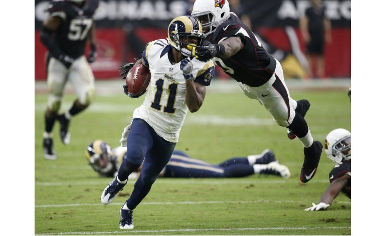 Cardinals cae 17-13 ante Rams y Palmer sale lesionado