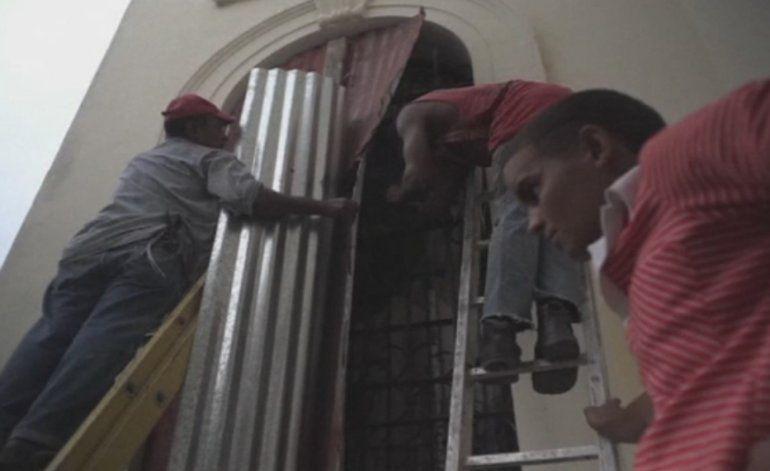 Defensa civil de Cuba declara en alarma ciclónica a todo el oriente de la isla