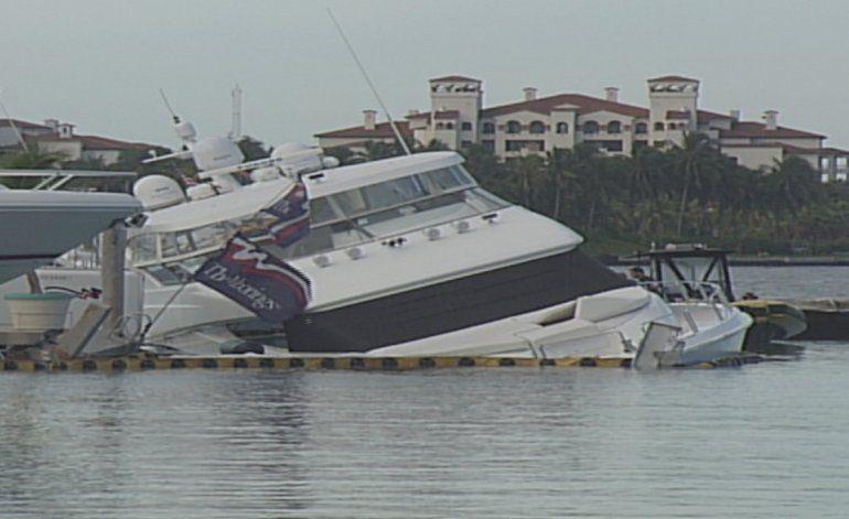 Intento de robo de un yate causa daños a varios botes en marina de Miami Beach