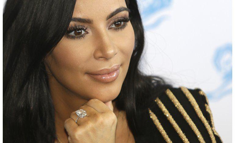 Asaltantes de Kim Kardashian, prófugos tras robo en París
