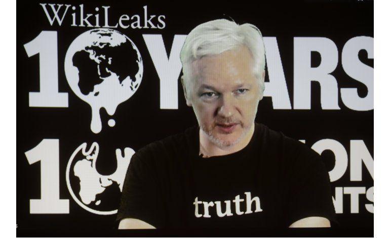 Assange promete filtraciones sobre elecciones EEUU, Google