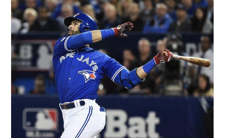 Jonrón de Encarnación en 11mo carga a Toronto ante Orioles