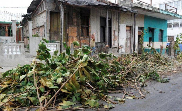 Huracán Matthew golpea la punta más oriental de Cuba