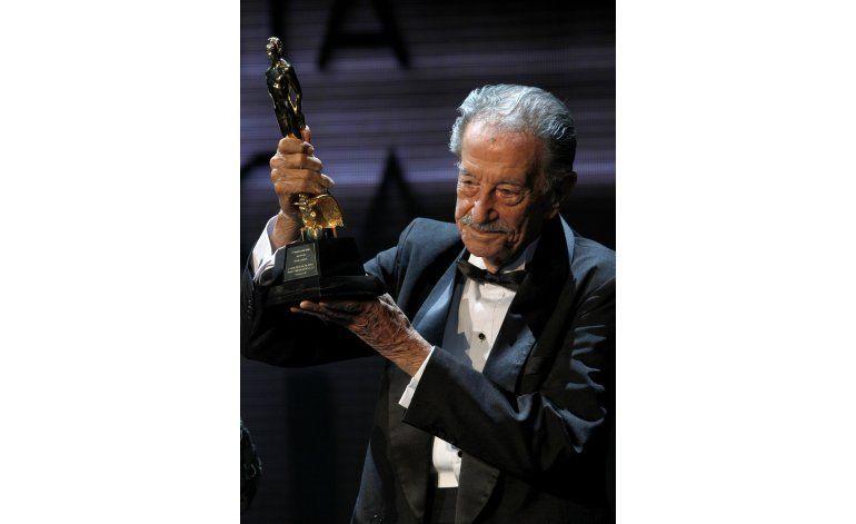 Actores y músicos lamentan la muerte de Mario Almada