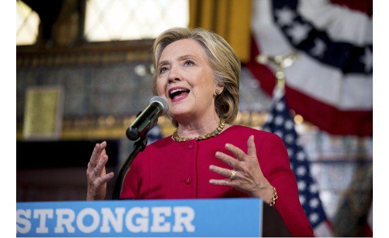 Para Clinton, la elección se ganará o perderá en octubre