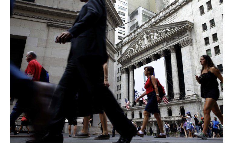 Wall Street mantiene comportamiento mixto; Twitter retrocede
