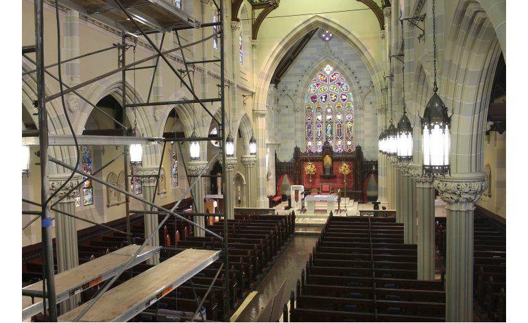 Remodelan iglesia donde se casaron John y Jacqueline Kennedy