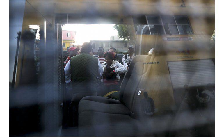 Siguen llegando haitianos a la frontera México-EEUU
