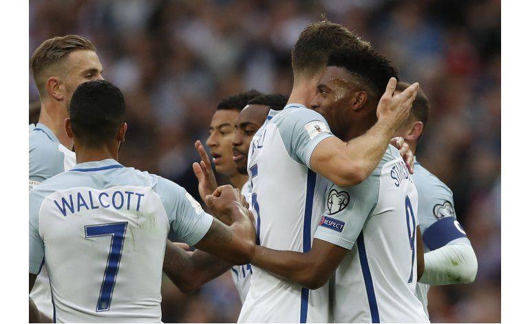 Inglaterra gana en debut de Southgate, Alemania golea