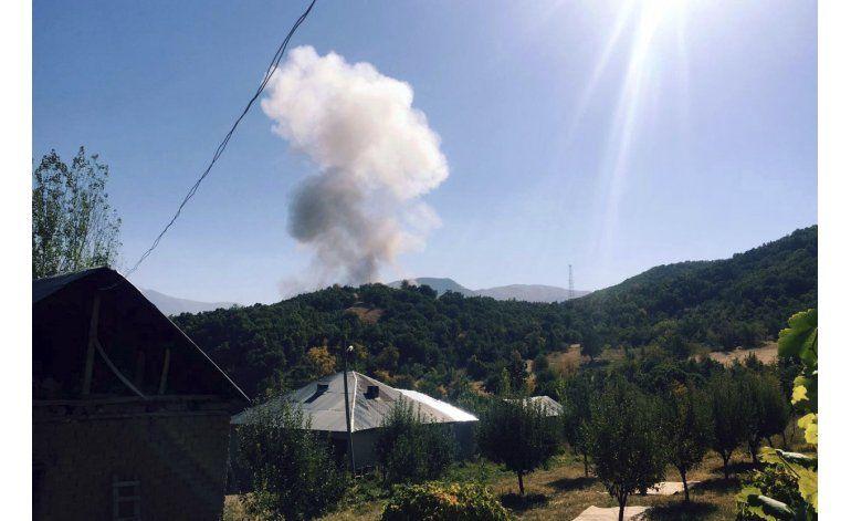 Coche bomba en Turquía deja 10 soldados y 8 civiles muertos