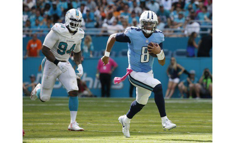 Con 3 pases de touchdown de Mariota, Titans se imponen