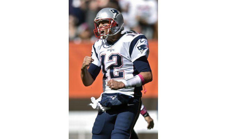 Brady, ovacionado y triunfador en su regreso