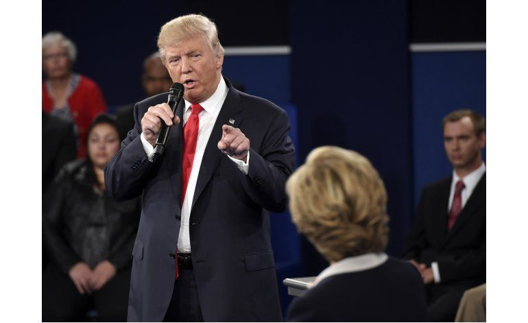 Análisis: Acorralado, Trump ataca en un duro debate