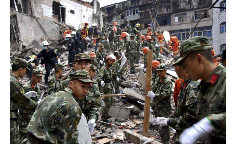 Sube a 22 número de muertos por derrumbes en China