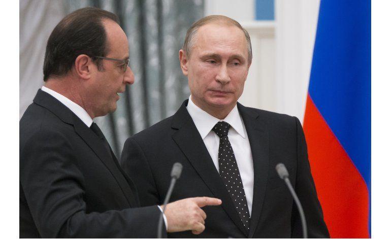 Putin aplaza su visita a Francia; aumentan tensiones