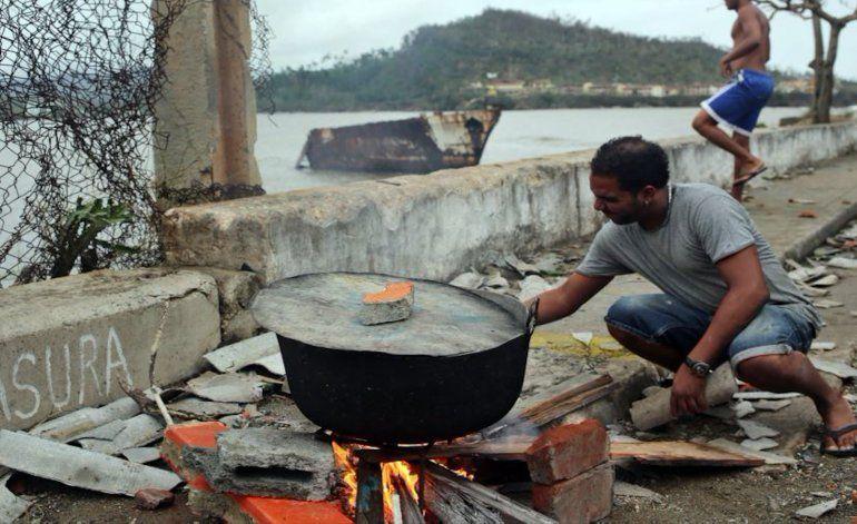 Una ración de arroz y frijoles a pobladores de Baracoa, Maisí, Imías y San Antonio