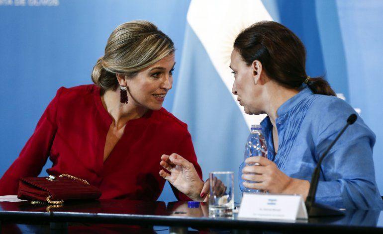 Reina de Holanda insta a inclusión financiera en Argentina