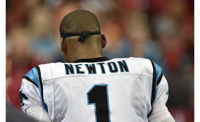 Newton vuelve a las prácticas con Panthers