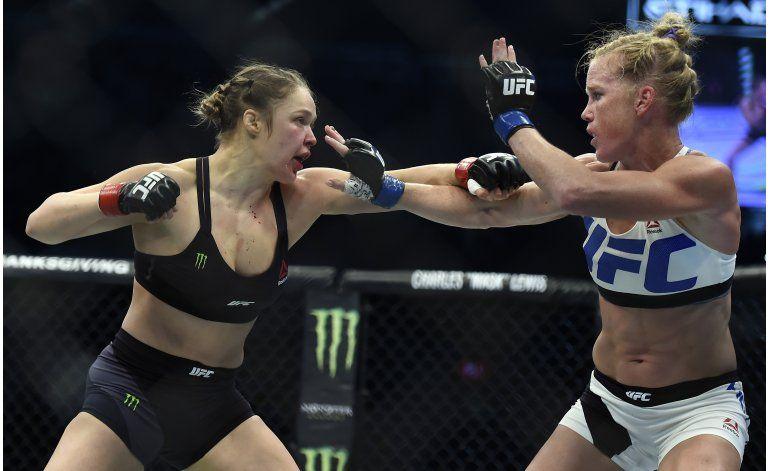 Rousey vuelve a la UFC; buscará el título el 30 de diciembre