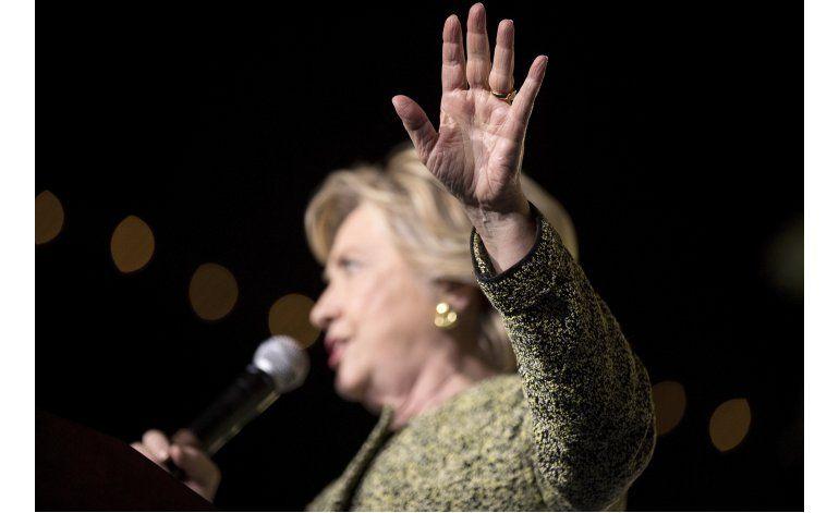 Campaña presidencial EEUU, una pelea sobre trato a mujeres