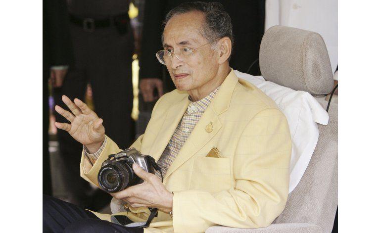 Fallece el rey de Tailandia, el que más duró en el trono