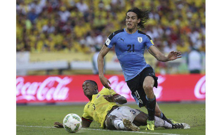 Con 11 goles en 9 partidos, Cavani responde a críticas