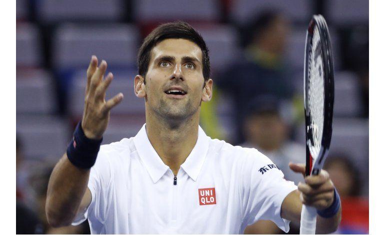 Djokovic y Murray avanzan a cuartos de final en Shanghai